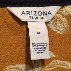Arizona Jean Company Tops - Cropped Tie Shirt w Buttons